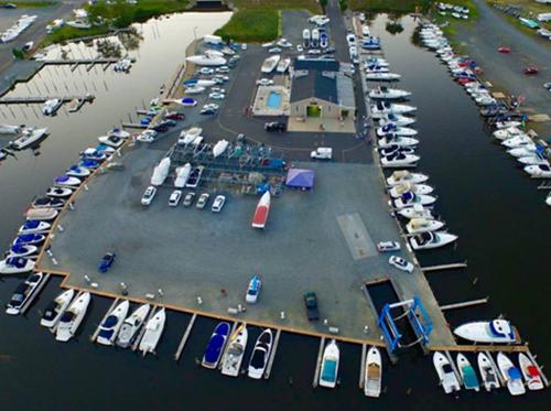 DNR boat world Brick overhead
